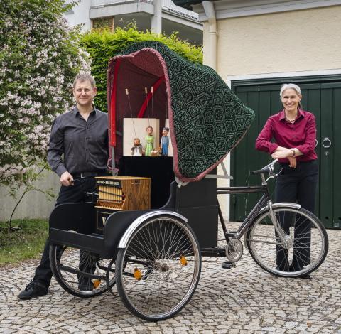 """Das Moussong Theater mit Figuren spielt """"Die drei Wünsche"""""""