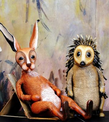 Hase und Igel, Moussong Theater mit Figuren